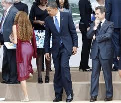 ObamaStaresAtWoman