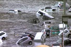 Japan-tsunami-FloatingCars