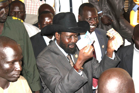 President Kiir launches the official use of the South Sudanese Pounds