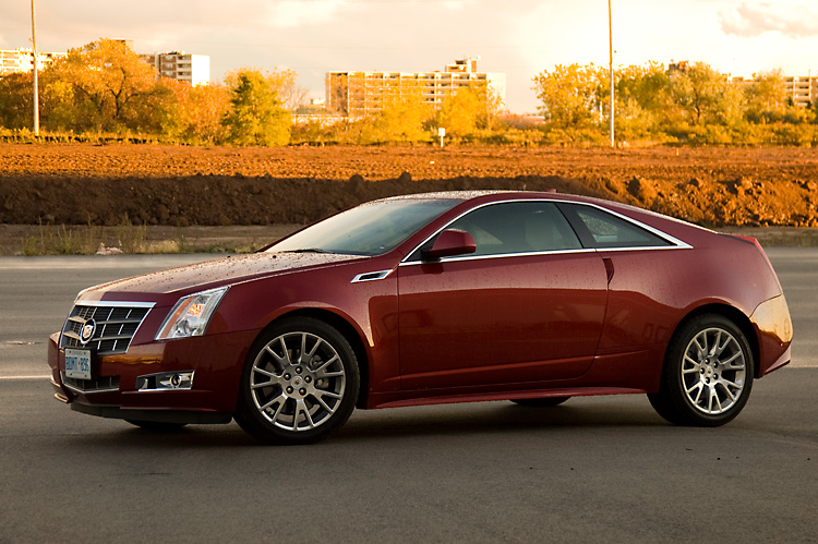 2011 Cadillac CTS Coupe Side