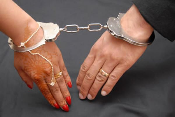 Madanlal Kudiya and Draupadi Chauhan arrested for taking nude pictures of 15 year old Girl