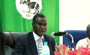 Central Equatoria State Governor Clement Wani Konga addresses the State Legislative Assembly in Juba. [©Gurtong]