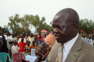 Eastern Equatoria State Health Minister Felix Sam Makuja when he commissioned the third round of polio immunization in Torit. [© Gurtong]