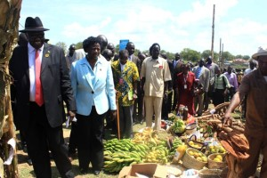 South Sudan's Vice President Dr Riek Machar and Agriculture Minister Dr Betty Achan at the inaugural agricultural trade fair in Juba. [© Gurtong]