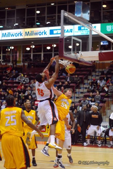 Oshawa Power forward Akeem Wright slams down a dunk against the London Lightning