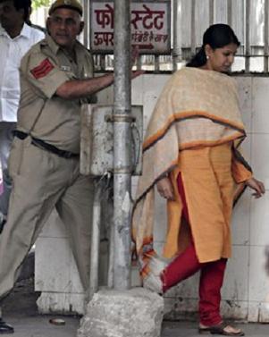 Tihar Jail authorities impressed with kanimozhi's behaviour behind bars