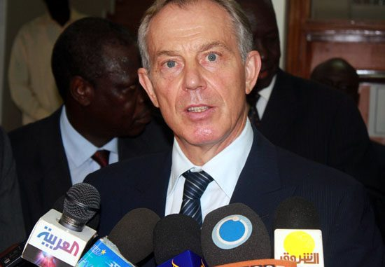 Mr. Tony Blair speaking to the press shortly after the meeting in Juba [©Gurtong]