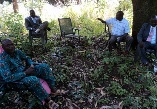 Governor Lobong Lojore (seated left) with other State leaders at Katire Mountain for picnic during Christmas Day [©Gurtong]