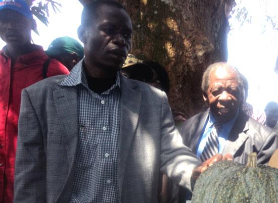 (R-L) Governor Bangasi Joseph Bakosoro and Hon. Bukulu Edward during the Agricultural show [©Gurtong]