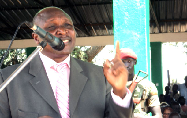 EES Governor, Hon. Lobong Loroje addressing the public at past event in Torit [©Gurtong]