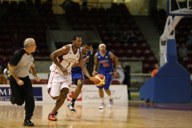 Summerside Storm small forward Louie McCroskey dribbles the ball up court against the Quebec Kebs on Thursday night at Credit Union Place
