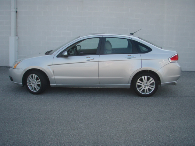 Silver Ford Focus-Side View
