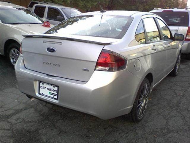 Silver Ford Focus-Back View