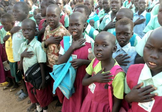 Torit East primary school pupils singing the South Sudan national anthem before the results were announced [©Gurtong]