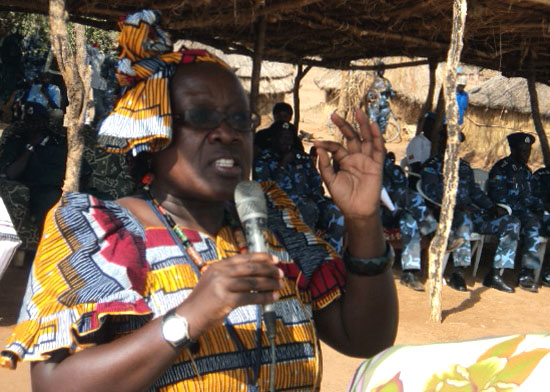 EES-UNMISS' head, Winnie Babihuga addressing the public at Himodonge in Torit [©Gurtong]
