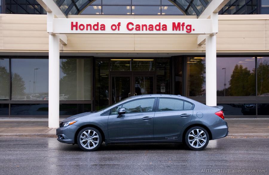 2012 Honda Civic Si Sedan at the Alliston, Ontario manufacturing plant