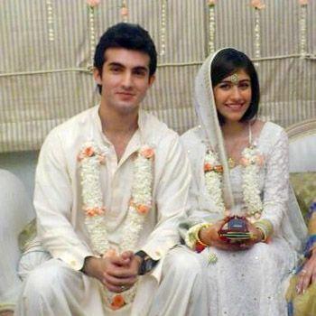 Shehroz Sabzwari with Syra Yousuf