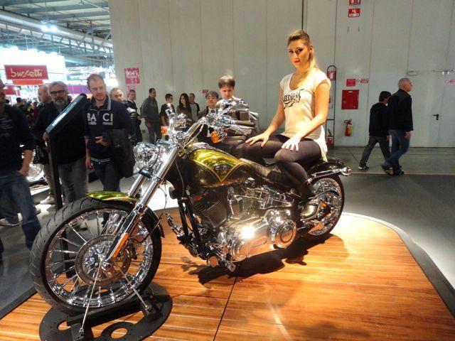 Harley Davidson Softail Beakout CVO. Photo: EatSleepRIDE.com