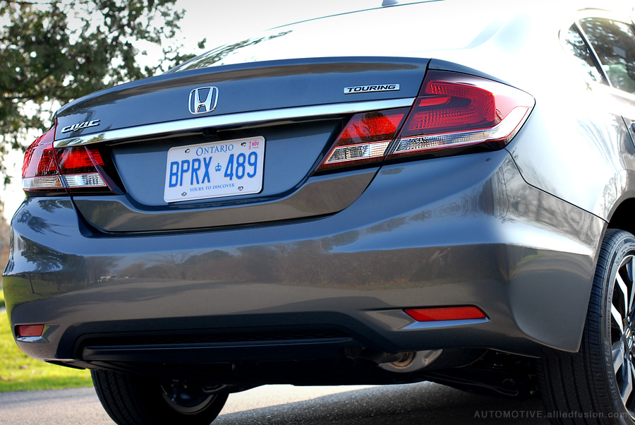 An intricate design with characteristic new Civic dark accents everywhere. 2013 Honda Civic EX-L