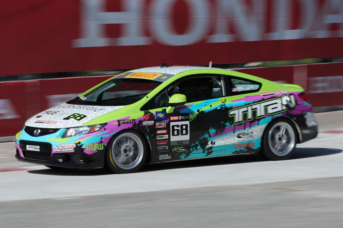 The ever popular Honda Civic in an arena few have an opportunity to take it. This in the Pirelli World Championship touring car races.