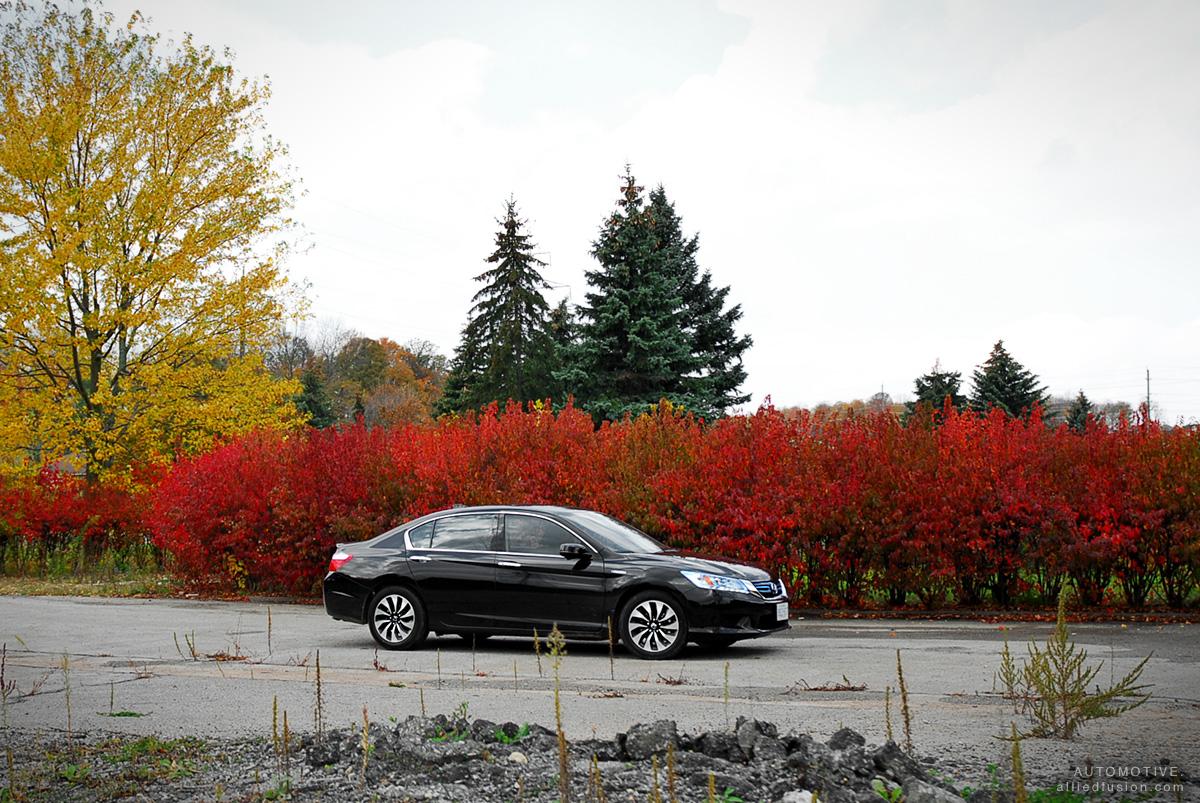 2014 Honda Accord Hybrid (Touring model shown)