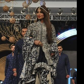 Reema Khan on the ramp in PLBW 2013