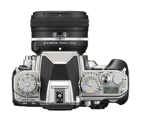 Dials allow quick external control of much of the core shooting functions in the Nikon Df