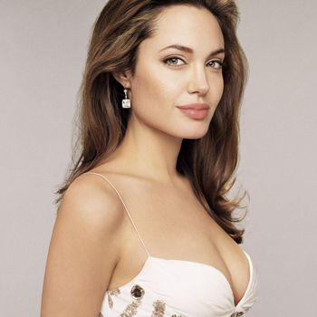 Hollywood actress Angelina Jjolie