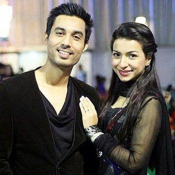 Dua Malick with fiance