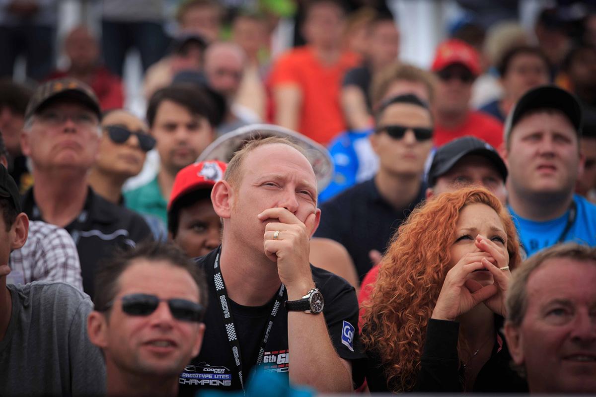 Fans react to the Aleshin and Montoya crash