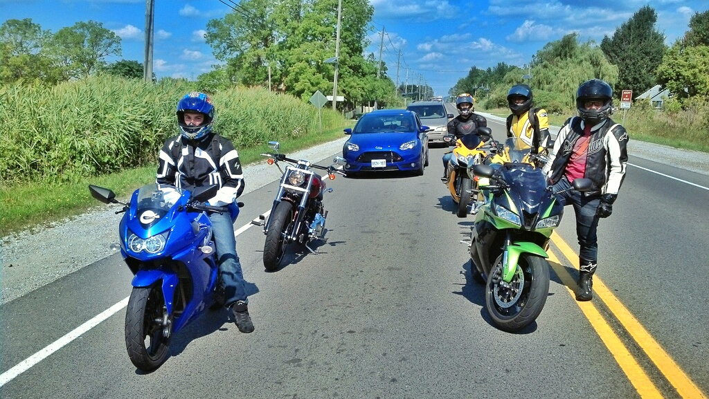 A group of friends, out for a ride. Yes, that blue Kawasaki Ninja 250 in the front is me.