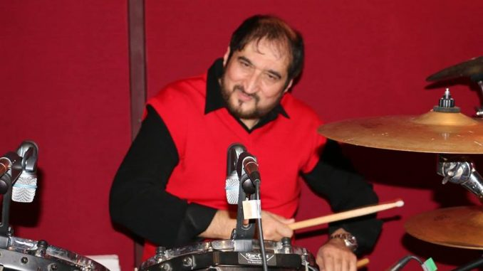 Nadeem Saifi playing state of the art orchestra drums