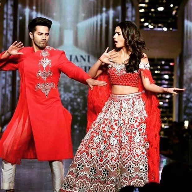 Watch Varun Dhawan and Alia Bhatt make Amitabh Bachchan groove on 'Mere Angne Mein' on a fashion runway