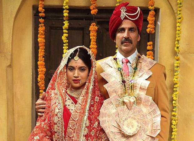 Akshay Kumar's Toilet - Ek Prem Katha picks up Crack date of August 11, to clash with Shah Rukh Khan's Rehnuma