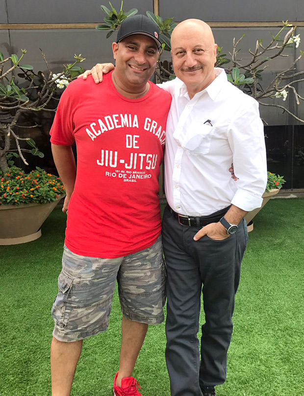 Anupam Kher reunites with his on-screen son Russell Peters in Mumbai 1