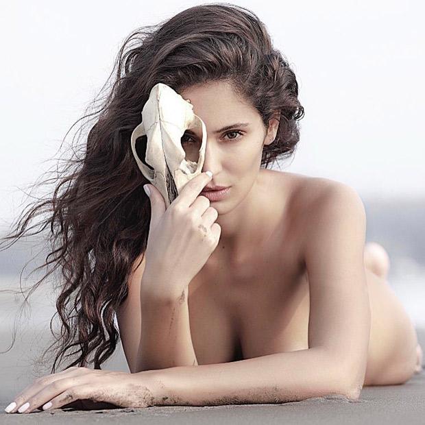 Bruna Abdullah's latest sizzling hot photoshoot