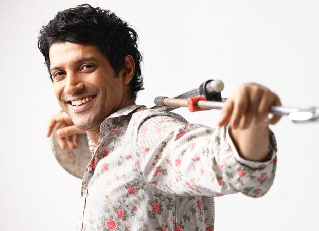 Farhan Akhtar plays an aspiring Bhojpuri actor in Lucknow Central