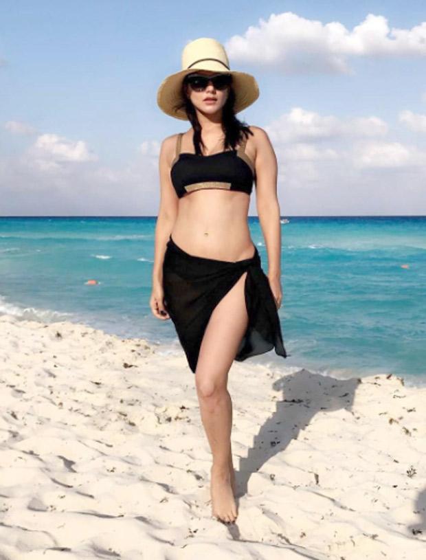Sunny Leone1