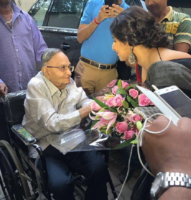 Vidya Balan gets emotional 2