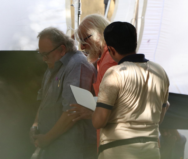 Amitabh Bachchan and Rishi Kapoor begin shooting for 102 Not Out on the streets of Mumbai-1