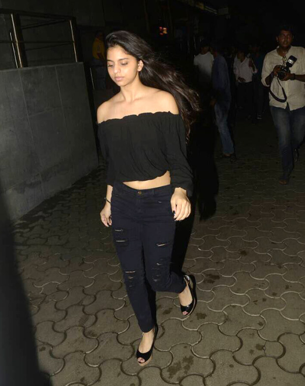 Check out Shah Rukh Khan's daughter Suhana Khan looks cute as a button at Tubelight screening (2)