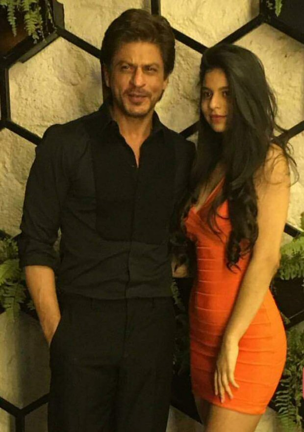 Shah Rukh Khan's daughter Suhana Khan steals the limelight at Gauri Khan's restaurant opening-3