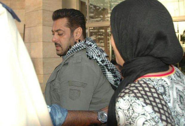 Check Out Salman Khan shooting for Tiger Zinda Hai in Morocco (2)
