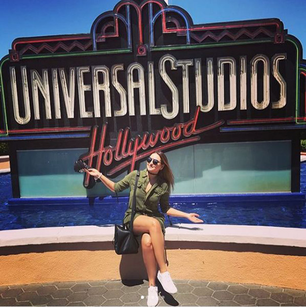 Check out Sonakshi Sinha brings out her inner child during her visit to Universal Studios-1