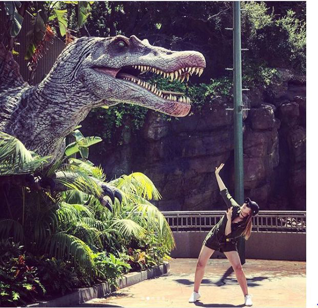 Check out Sonakshi Sinha brings out her inner child during her visit to Universal Studios-2