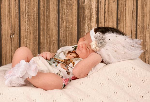 These images of Adnan Sami's daughter Medina Sami Khan are simply adorable-1