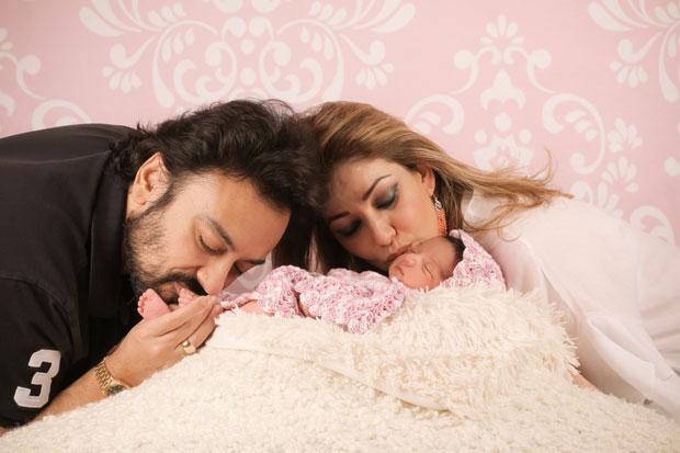 These images of Adnan Sami's daughter Medina Sami Khan are simply adorable-2