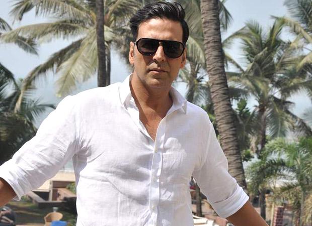 Akshay Kumar ties up