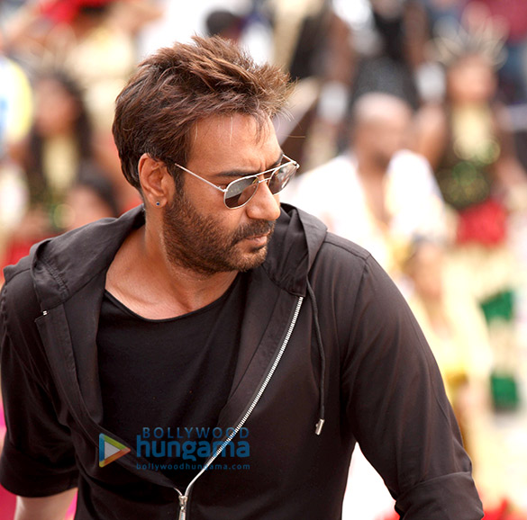 Check out Golmaal Again cast shoots title track of the film in Hyderabad (3)