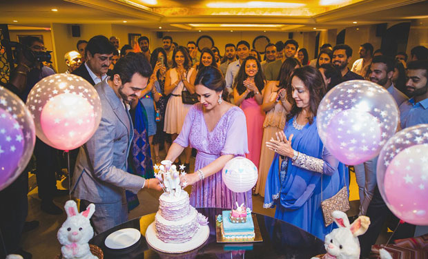 Esha Deol! Sister Ahana Deol plans a baby shower for her sister and here are the details-2